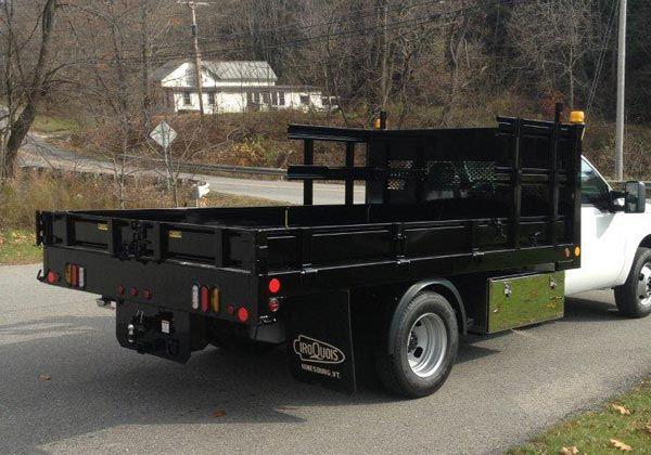 End Dump Truck >> Stake / Platform Truck Bodies